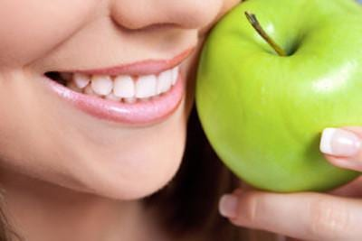 Smile with an Apple